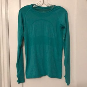 Lululemon NWOT swifty tech long sleeve teal color